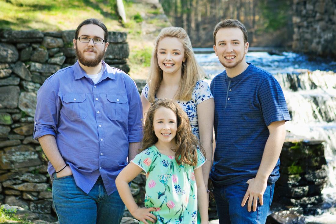 Spencer, MA Family Portrait Session