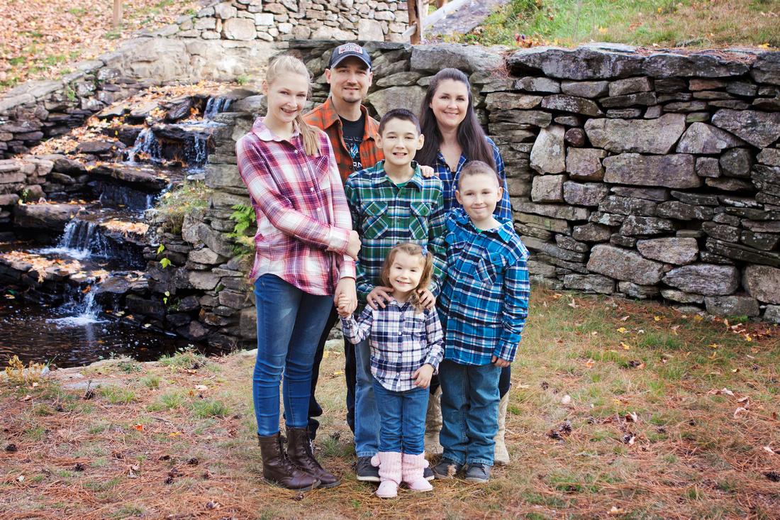 Thompson, CT Family Photographer